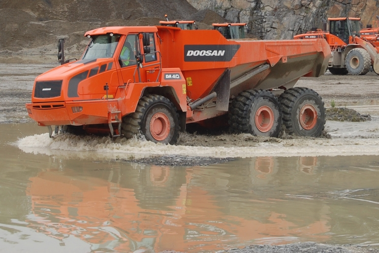 Doosan Demo Days v lomu Bělice
