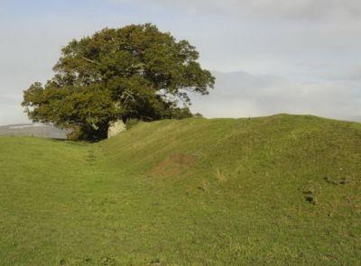 Offa's Dyke – obranný val či hranice?