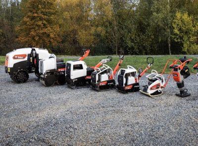 Bobcat představuje kompletní řadu lehkých hutnicích strojů